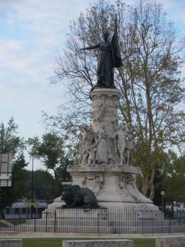 Monument du centenaire de la réunion d'Avignon et du Comtat à la France
